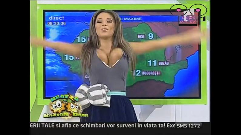 【海外放送事故画像】海外テレビのエロ放送が過激すぎて放送事故連発www