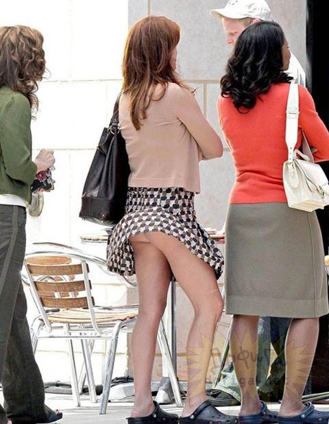 【パンチラ画像】風よもっと吹け!全ての女のスカートをめくるのだww 14