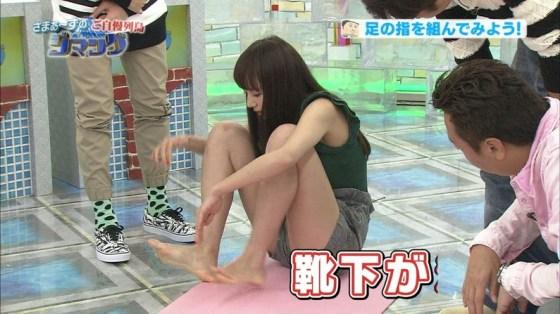 【太ももキャプ画像】美脚自慢の綺麗な脚のタレント達がパンチラ寸前まで太もも露しまくりww