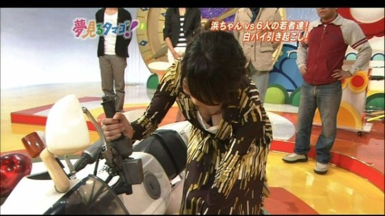 【放送事故画像】テレビで映った巨乳がエロすぎて思わずパンツ脱いだww 05