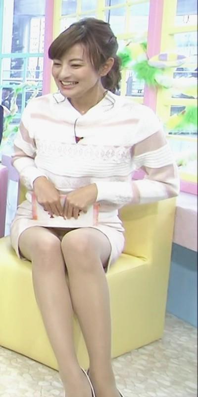 【放送事故画像】テレビに映るスカートの中をよ~く覗いて見てごらんwww 19