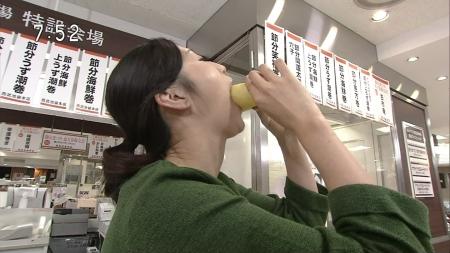 【放送事故画像】こんな食べ方してたら卑猥なこと妄想してもいいよなwww 04