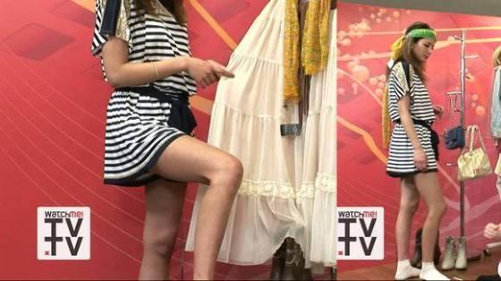 【放送事故画像】テレビでパンチラチラリズムwお前のパンツは何色だww 13