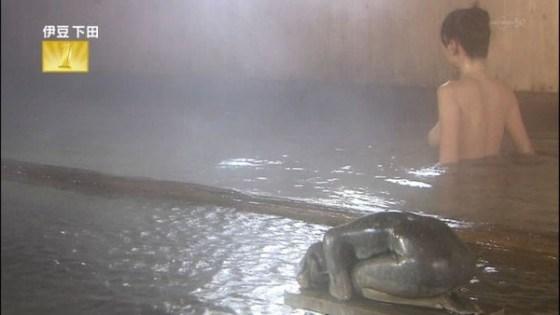 【放送事故画像】大きなオッパイと綺麗なお肌!入浴シーン最高www 10