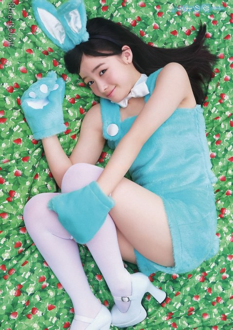 【芸能お宝画像】可愛すぎる橋本環奈ちゃんのちょいエロ画像wwまじで天使だったww 24