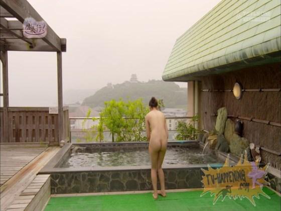 【お宝画像】エロシーンが9割も占める「もっと温泉へ行こう」でとびきりのプリケツと脱衣シーンがやばすぎるww 19