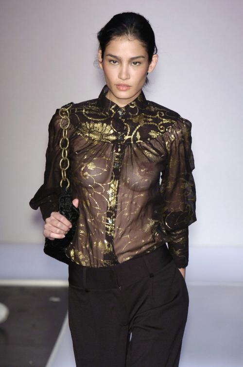 【お宝エロ画像】ファッションショーがオッパイショーとパンチラショーになってるwww 07