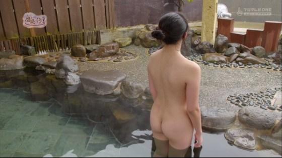 【放送事故画像】入浴シーンに映るオッパイやお尻ってエロさ際立ってやばいよなwww 11
