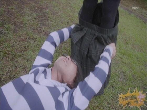 【お宝エロ画像】監獄学園第3話!脱衣シーンで女の下着姿映りまくりww 20