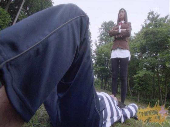 【お宝エロ画像】監獄学園第3話!脱衣シーンで女の下着姿映りまくりww 22