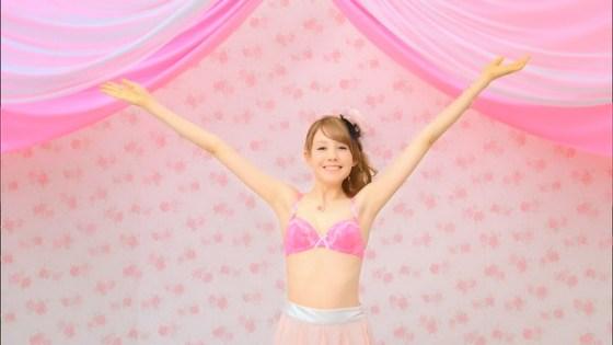 【放送事故画像】ドラマやCMなどに下着姿を晒された女達!! 11