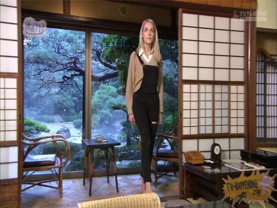 【お宝エロ画像】今回の温泉に行こうは外人の金髪美女!!お尻マジエロいwww 48