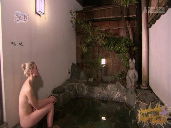 【お宝エロ画像】今回の温泉に行こうは外人の金髪美女!!お尻マジエロいwww 66