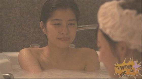 【お宝エロ画像】レズ物語のドラマ、トランジットガールズ!女同士でお風呂入ってイチャラブwww 12