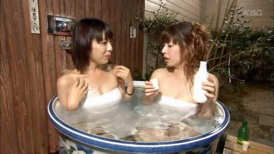 【放送事故画像】温泉レポ―としてる女のバスタオル取れたらいいのにっていつも思ってしまうよなww 15