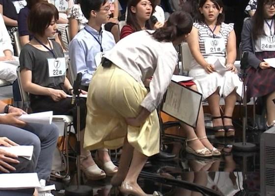 【放送事故画像】テレビで見せるプリップリのお尻女達がエロくてたまらんwww 23