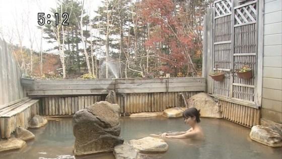 【放送事故画像】一度は覗いて見たい女風呂をテレビで放送するんだもんなww 02