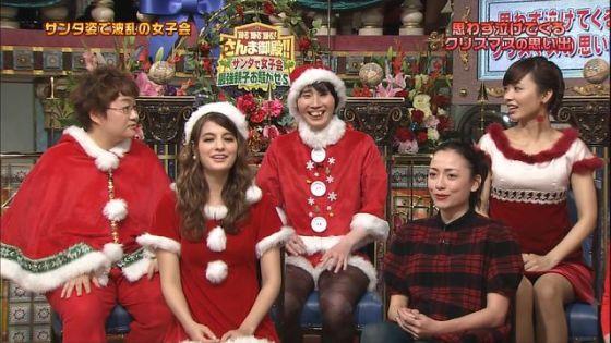 【放送事故画像】メリークリスマス!って事でサンタコスした女達のプレゼントだーwww 11