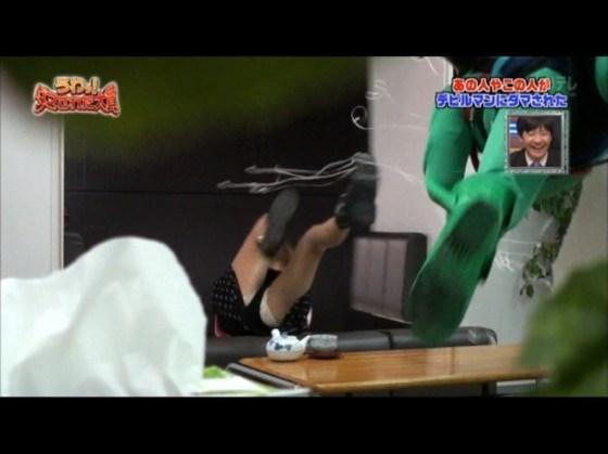 【放送事故画像】テレビのハプニングでやっぱりパンチラが一番見れて嬉しい?ww 11