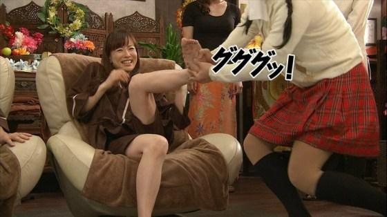 【放送事故画像】臭そうな足の裏だけど、美人だったらちょっと臭ってみたいマニアな画像集www 10