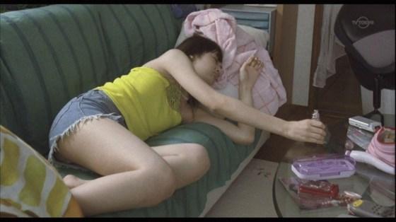 【放送事故画像】思わず悪戯したくなるような超可愛い寝顔に癒されたくないか? 02