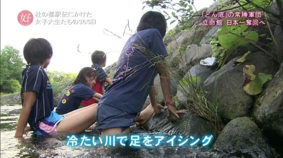 【放送事故画像】このムチムチでエロい足を舐め回したくならないかい?ww 22