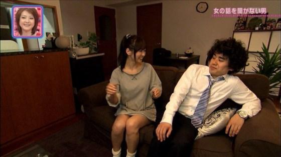 【放送事故画像】ムチムチ太股見てると段々ムラムラしてくるタレントの美脚!! 12