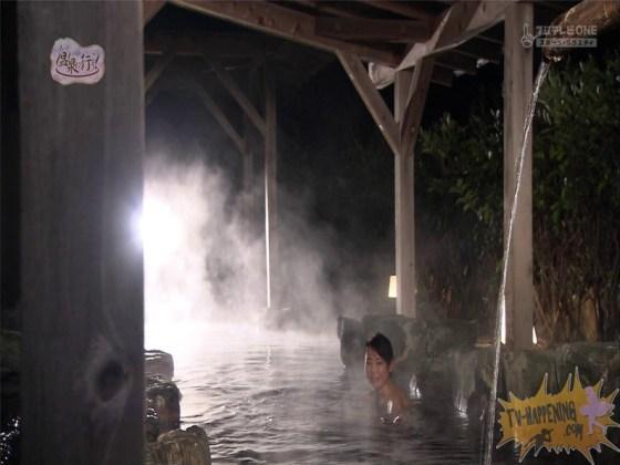 【お宝エロ画像】最近エロいと評判の「もっと温泉に行こう!」バスタオルなしで女の全裸入浴見放題ww 26