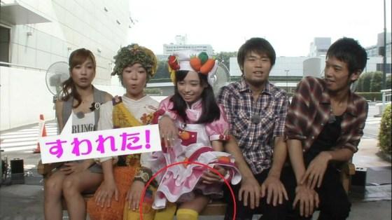 【放送事故画像】テレビに出てる女の子の脚ってなんでこんなにきれいでエロいんだ?w 06