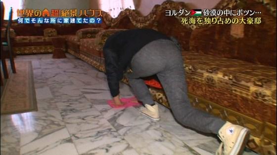 【お尻テレビキャプ画像】ピッチピチのズボン履いてテレビに出たらお尻がドエライことなってるぞ!! 07