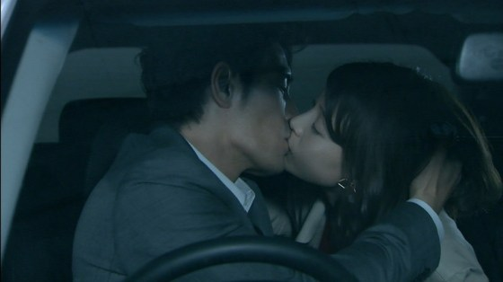 【芸能お宝画像】相武紗季こんな過激な濡れ場やってて結婚生活は大丈夫なのか!?ww