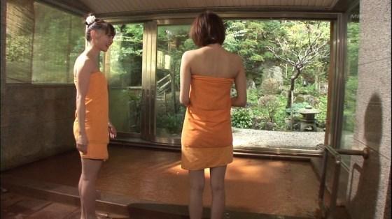 【入浴キャプ画像】もしかしたら美女の丸裸が見れるんじゃないかと大きな期待を抱く温泉レポww 15