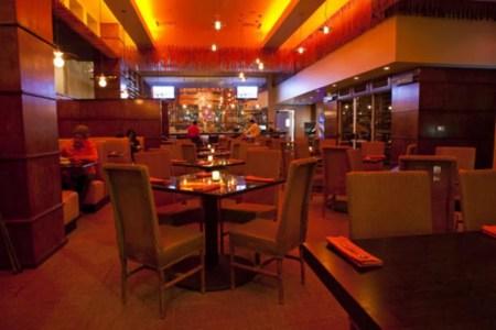 naga thai kitchen bar 5140888 54 990x660 201406011634