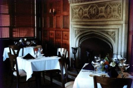dunaways fireplace dining room 54 990x660 201405311621