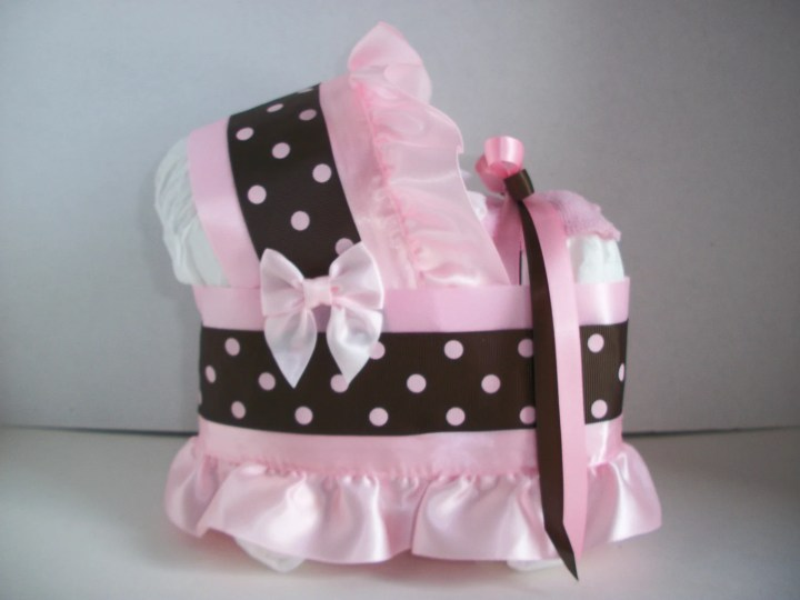 Baby shower diaper decorations instructions happy for Baby diaper decoration ideas