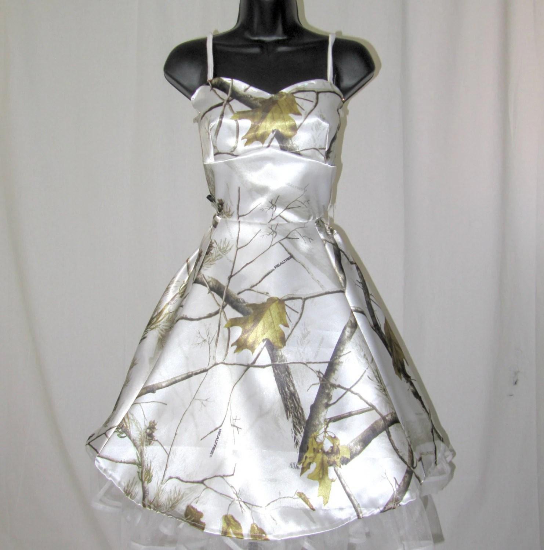 snow white camo hair accessories QktfsjJKVtBvU camouflage wedding dress Snow White Camo Wedding Dress