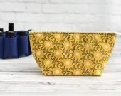 Sun & Moon Oil Bag Carrying Case Cotton Celestial Print Cotton Padded Zipper Wide Essential Oil Travel Bag