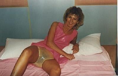 mature women in full cut panties