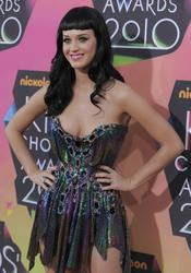Katy Perry shows huge cleavage at Nickelodeon's 23rd Annual Kids' Choice Awards - Arrivals, Los Angeles -