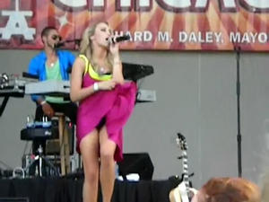 th 93452 a.avi snapshot 00.04 2010.07.31 19.49.34 123 509lo Emily Osment upskirt singing All The Way Up   Taste of Chicago Concert  + ANIMATED gif