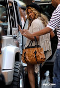 th 77059 beyonce eyeprime 93 122 596lo Beyonce & Jay Z leave a Restaurant after Lunch in New York, Sep 11, 2010