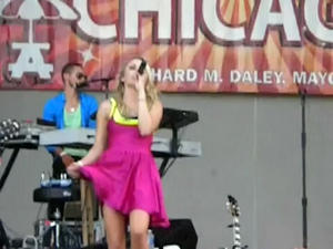 th 93446 a.avi snapshot 00.04 2010.07.31 19.49.20 123 505lo Emily Osment upskirt singing All The Way Up   Taste of Chicago Concert  + ANIMATED gif