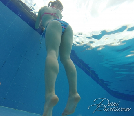 underwater pussy slip