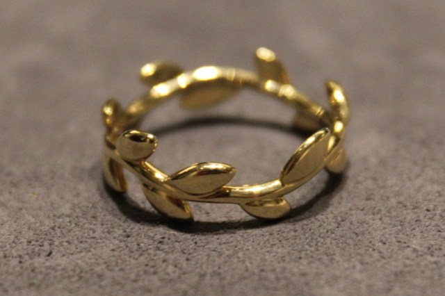 Paloma_Picasso_Tiffany_&_Co_Ring_Olive_Branch_Ring