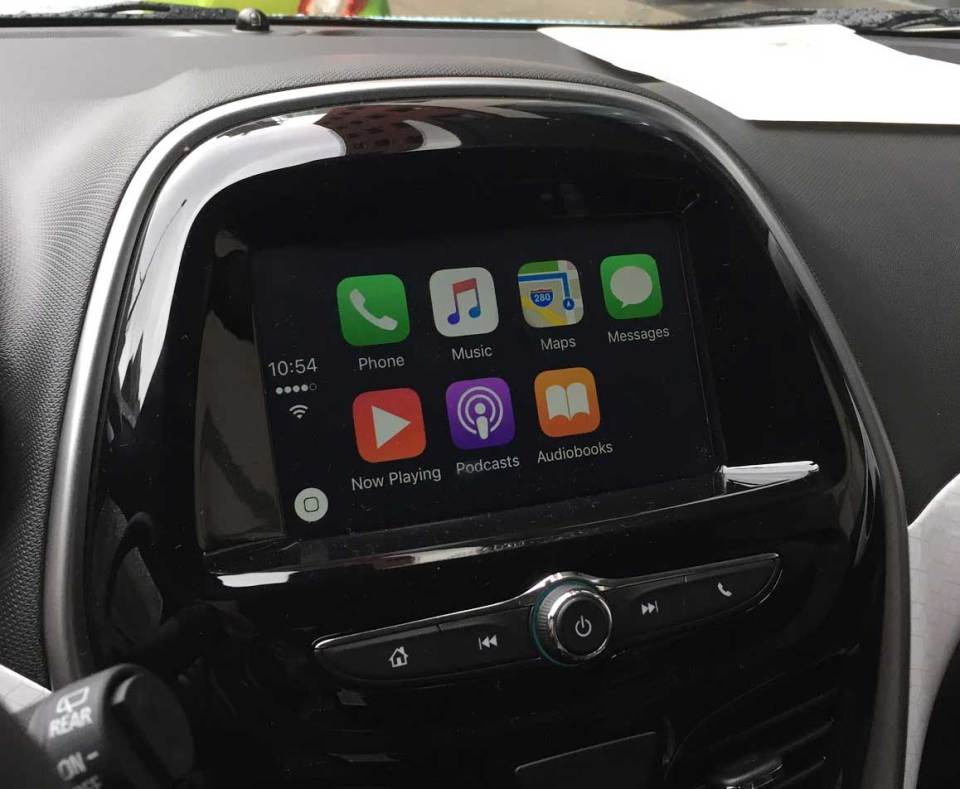 2017_Chevy_Spark_connected_7_inch_diagonal_color_touchscreen