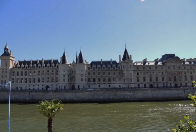 conciergerie, Paris Seine