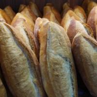 İkinci Dünya savaşı sırasında fırından taze çıkmış ekmek satışı İngiltere'de yasaklanmıştı. Sebebi ise taze ekmeğin insanların iştahını kabartacağı ve daha fazla tüketmelerine neden olacağı idi. Ekmeğin satılabilmesi için 24 saat bekletilmesi gerekmekteydi.