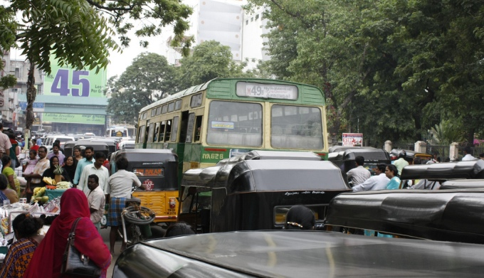 Traffic congestion in Chennai (Image by Muthahar Khan)
