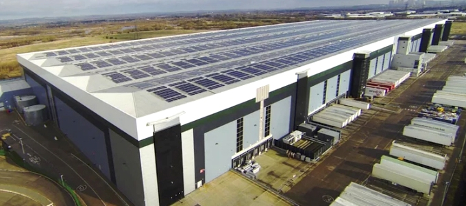 Britain's largest single solar rooftop at the East Midlands distribution centre of Marks & Spencer (Image by M&S)