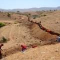Villagers get together to push desert back